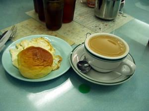 Cha-Chaan-Teng-Hong-Kong-Milk-Tea