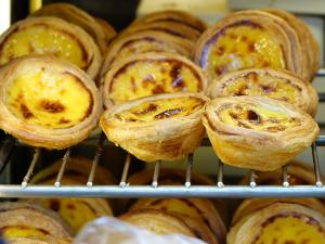 Tasty-Portuguese-Egg-Tarts
